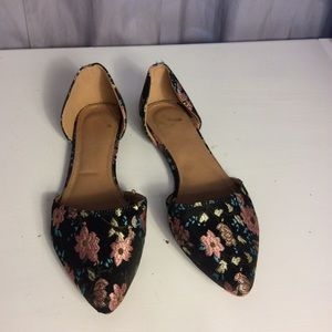 Report Floral Flats Size 9.5